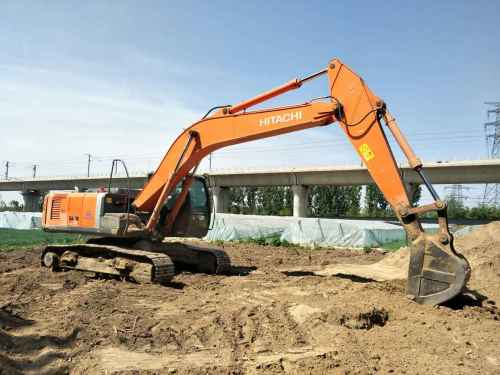 北京出售转让二手7626小时2009年日立ZX240挖掘机
