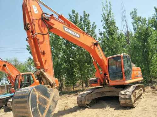 北京出售转让二手7502小时2013年斗山DX260LC挖掘机