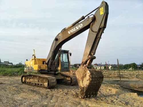 湖北出售转让二手8900小时2012年沃尔沃EC200B挖掘机