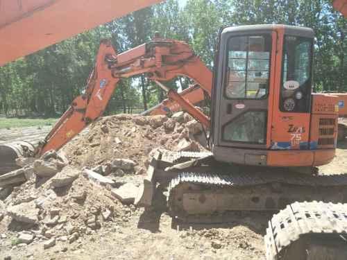 河北出售转让二手12000小时2005年日立ZX75UR挖掘机