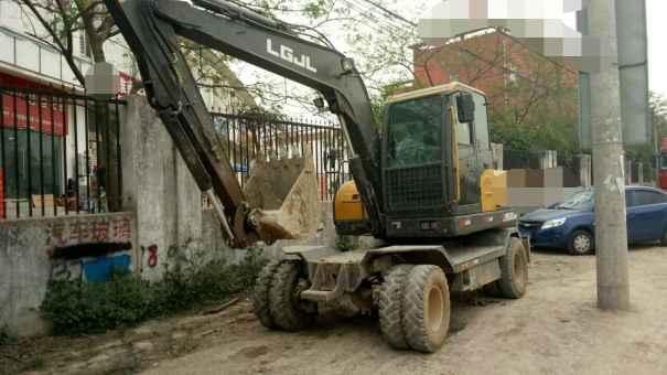 安徽出售转让二手3500小时2015年临工LG680BM挖掘机