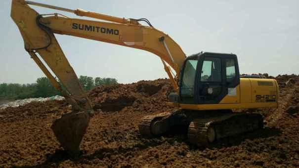 安徽出售转让二手8500小时2012年住友SH210挖掘机