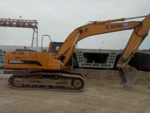 安徽出售转让二手5600小时2012年厦工XG821挖掘机