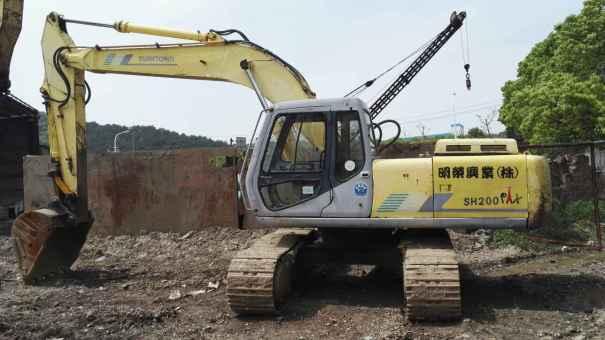 浙江出售转让二手18000小时2003年住友SH200A2挖掘机