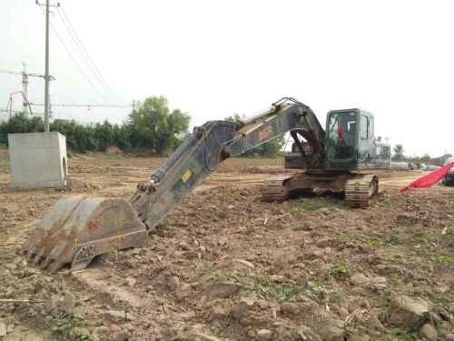 山西出售转让二手8950小时2009年恒天德尔DER323挖掘机