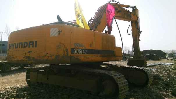 辽宁出售转让二手13000小时2010年现代R305LC挖掘机