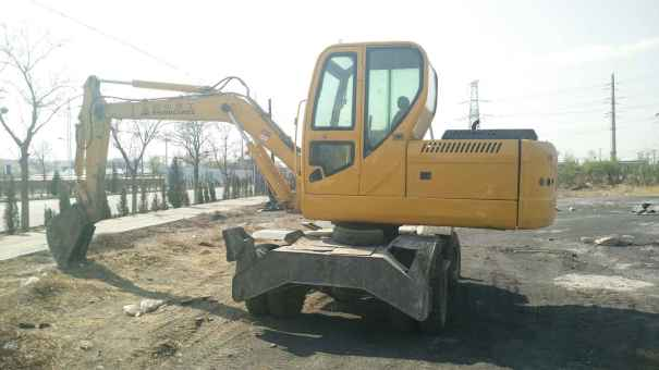 辽宁出售转让二手5000小时2011年犀牛重工XNW51360挖掘机