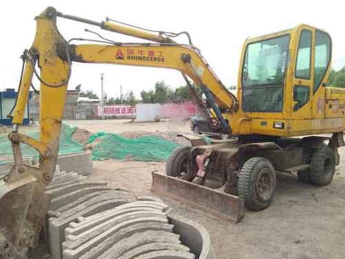 山西出售转让二手5000小时2011年犀牛重工XNW51360挖掘机