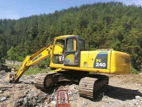 湖北出售转让二手12000小时2009年彭浦SW210LC挖掘机
