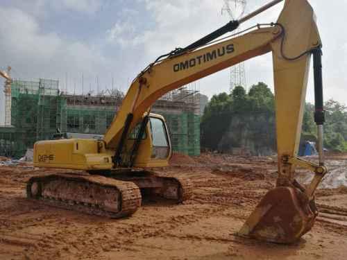 湖北出售转让二手5500小时2011年彭浦SW210LC挖掘机