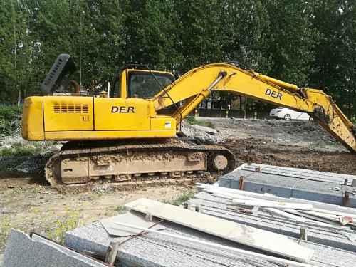 安徽出售转让二手9000小时2010年恒天德尔DEEP322DL挖掘机