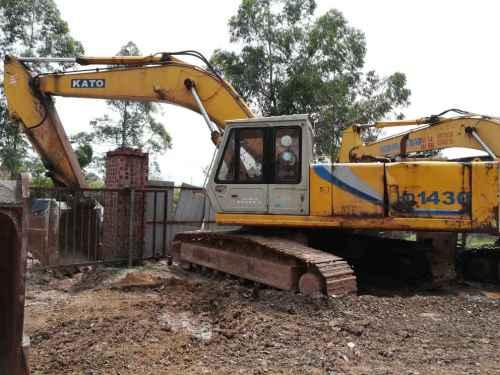 广西出售转让二手15643小时2004年加藤HD1250挖掘机