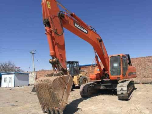 内蒙古出售转让二手6000小时2012年斗山DH300LC挖掘机