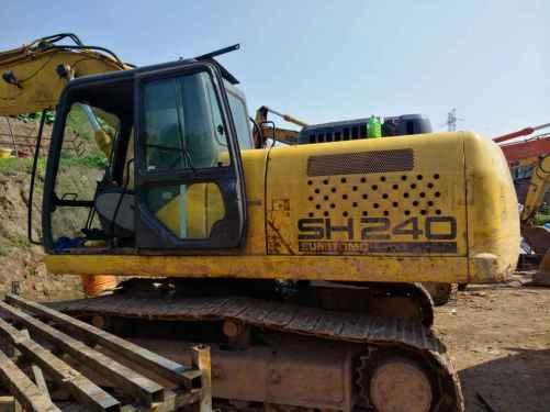 四川出售转让二手9000小时2010年住友SH240挖掘机