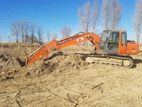 内蒙古出售转让二手7000小时2009年日立ZX120挖掘机
