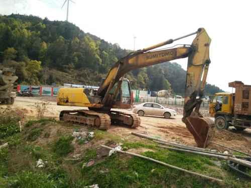 浙江出售转让二手18500小时2005年住友SH210挖掘机