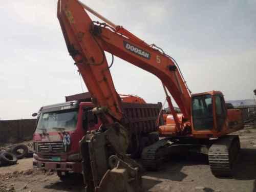 内蒙古出售转让二手9000小时2010年斗山DH300LC挖掘机