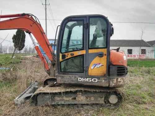 江苏出售转让二手13000小时2008年斗山DH60挖掘机