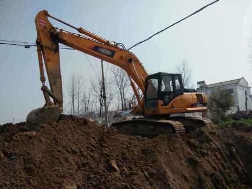 安徽出售转让二手7000小时2012年福田雷沃FR220挖掘机