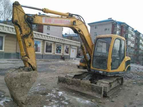 黑龙江出售转让二手6000小时2012年玉柴YC85挖掘机