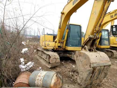 浙江出售转让二手7000小时2003年小松PC100挖掘机