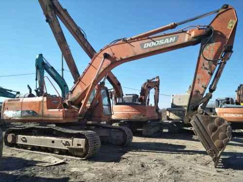 天津出售转让二手7000小时2011年斗山DH300LC挖掘机