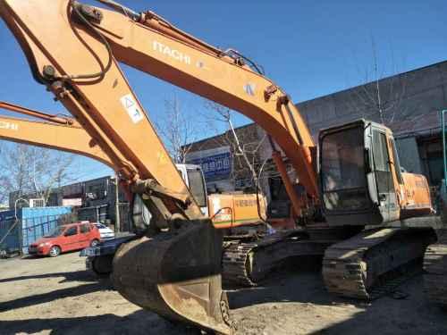 天津出售转让二手11000小时2003年日立ZX200挖掘机