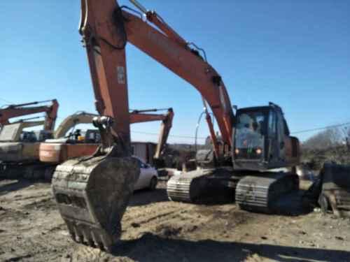 天津出售转让二手17470小时2007年日立ZX200挖掘机