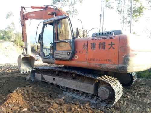 广东出售转让二手18326小时2010年日立EX200挖掘机