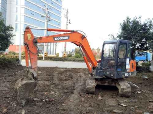 浙江出售转让二手7000小时2007年斗山DH55挖掘机