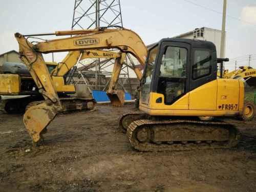 安徽出售转让二手8000小时2011年福田雷沃FR80挖掘机