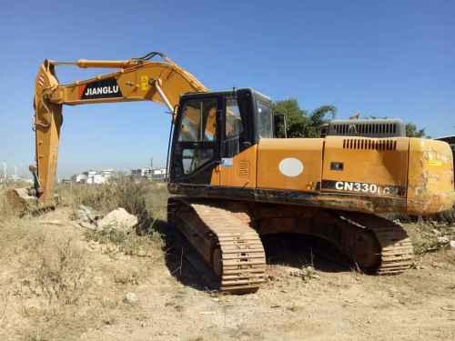 云南出售转让二手3069小时2013年江麓CN225LC挖掘机