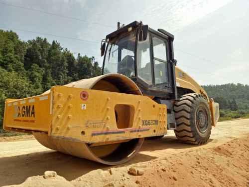 江西出售转让二手6000小时2013年厦工XG823挖掘机