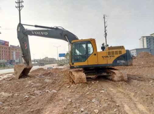广西出售转让二手8800小时2005年沃尔沃EC210B挖掘机