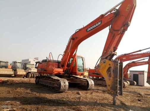 宁夏出售转让二手10000小时2009年斗山DH300LC挖掘机