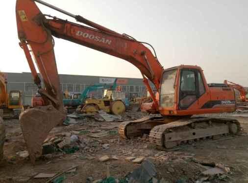 宁夏出售转让二手10000小时2008年斗山DH225LC挖掘机