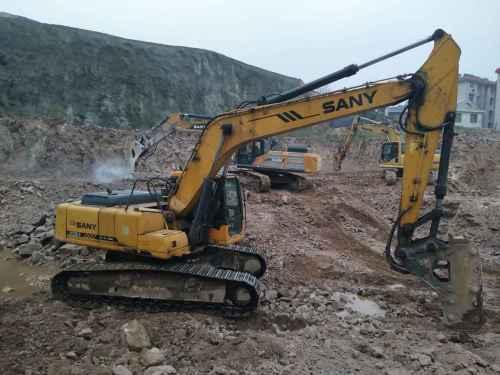 河南出售转让二手9675小时2009年三一重工SY235C挖掘机