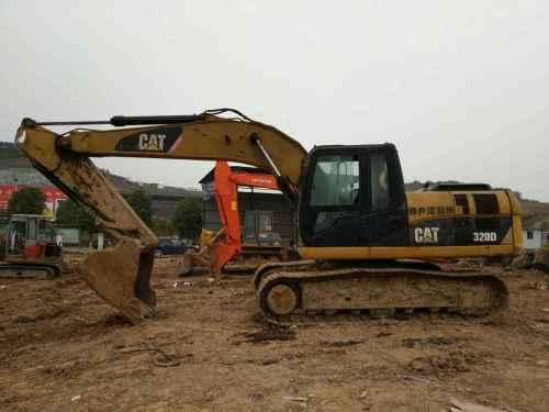 湖北出售转让二手8000小时2012年卡特彼勒320D挖掘机