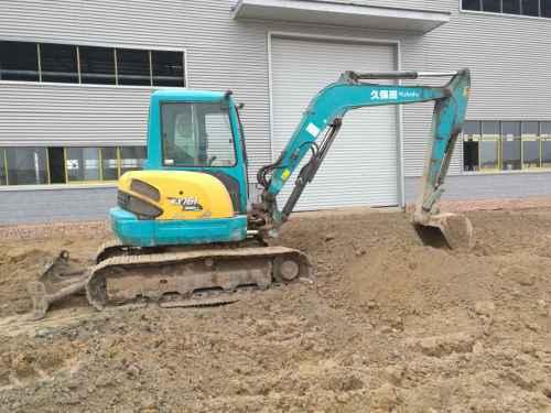 河南出售转让二手5000小时2011年久保田KX161挖掘机