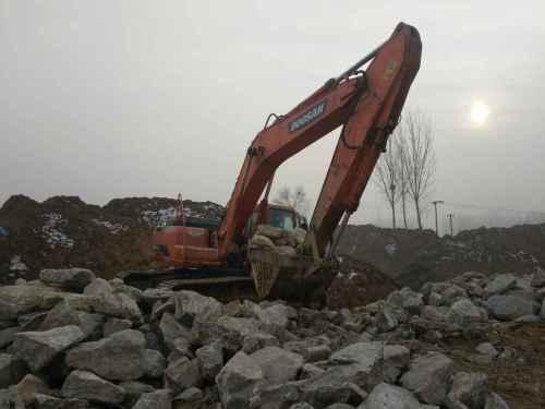 河北出售转让二手6500小时2010年斗山DH300LC挖掘机