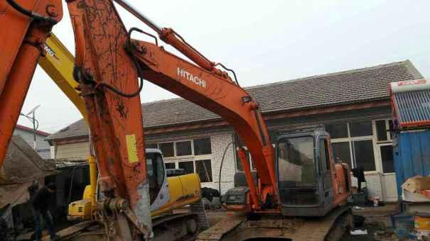 河北出售转让二手16000小时2004年日立ZX200挖掘机