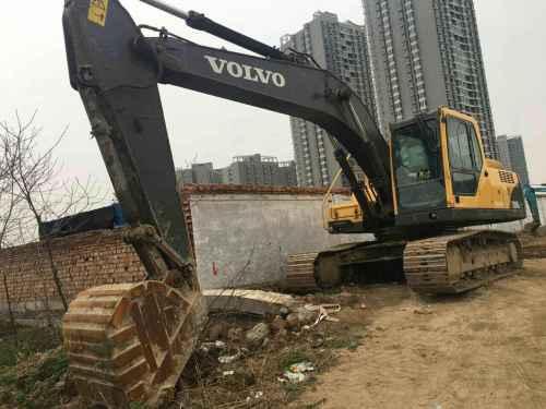 陕西出售转让二手8600小时2010年沃尔沃EC210B挖掘机