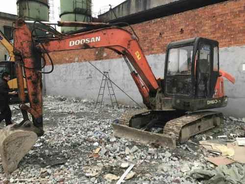江苏出售转让二手12000小时2006年斗山DH55挖掘机