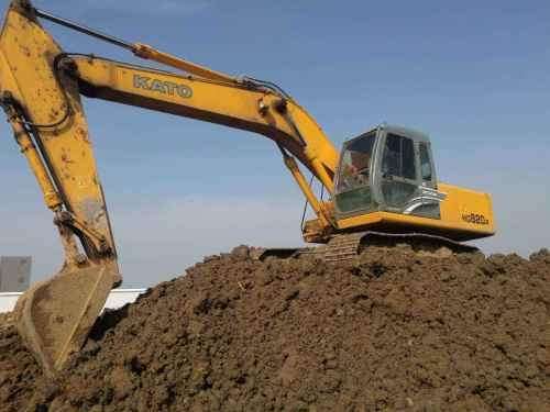 湖北出售转让二手6500小时2013年加藤HD820R挖掘机