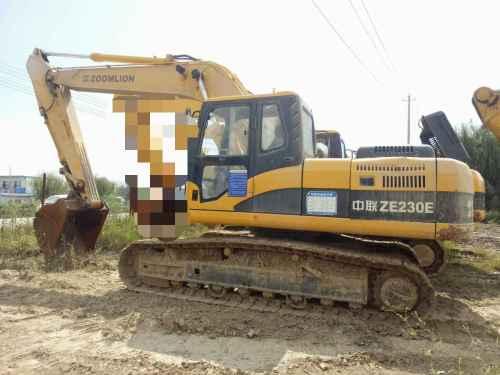 云南出售转让二手2945小时2010年中联重科ZE230E挖掘机