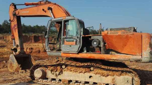 广东出售转让二手12800小时2007年日立ZX330挖掘机