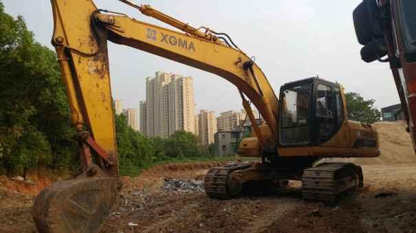 江西出售转让二手7800小时2010年厦工XG822LC挖掘机