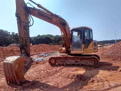 广东出售转让二手9000小时2011年小松PC130挖掘机