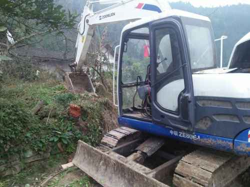 四川出售转让二手8500小时2010年中联重科ZE80E挖掘机