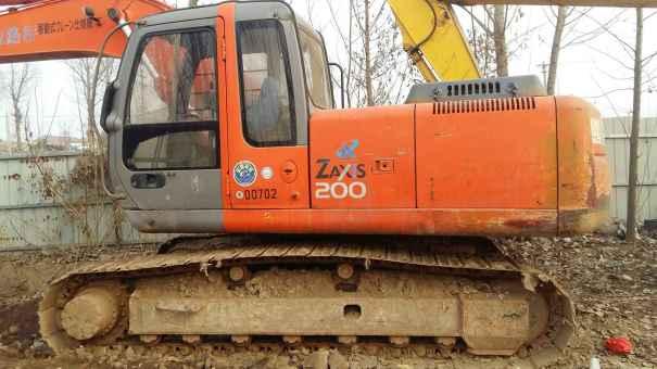 河北出售转让二手16000小时2004年日立EX200挖掘机